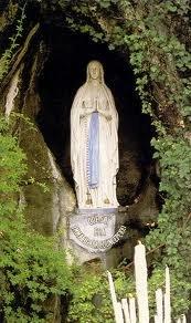 v.Lourdes.jpeg